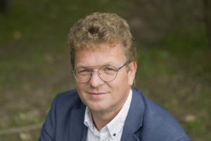 Henk van den Hatert Centric