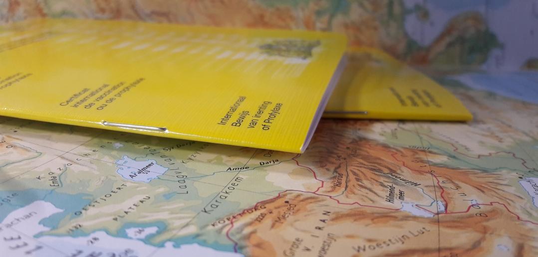'Gele boekje inzetten voor registratie coronavaccinatie'